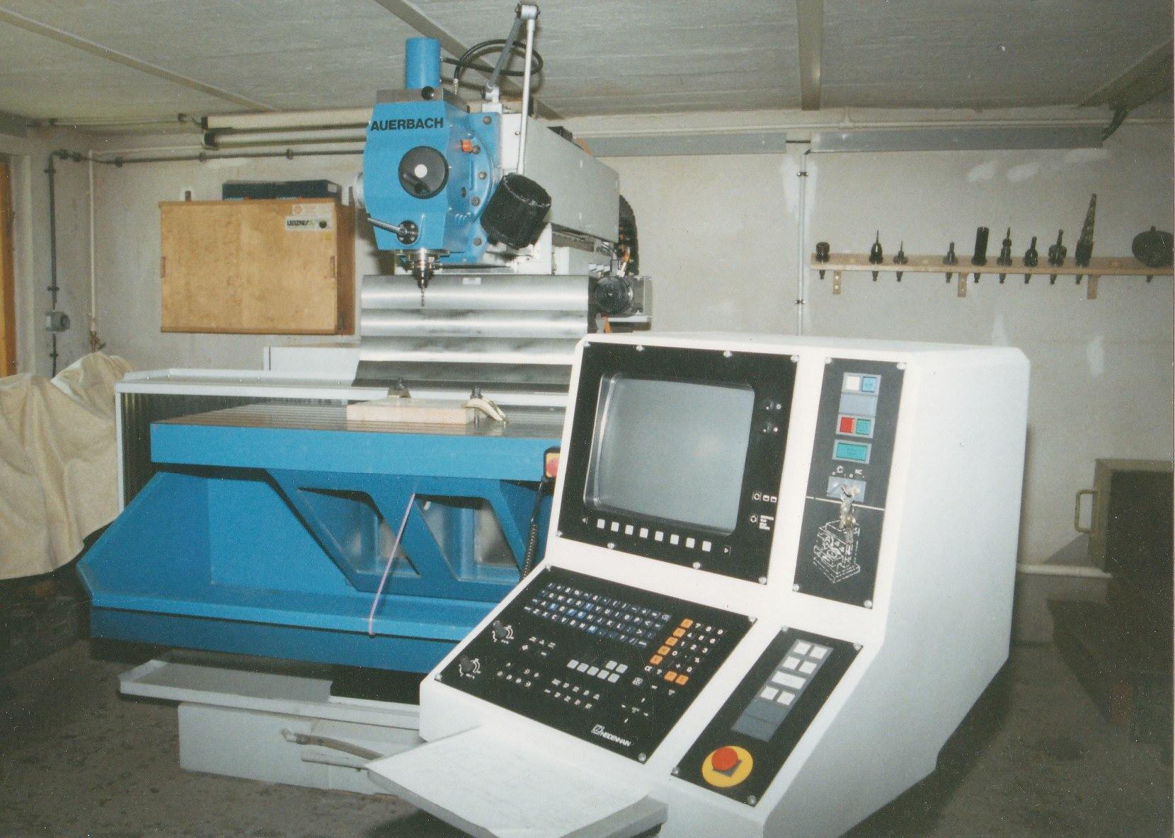 Erste CNC Fräse 1995 Auerbach FUW 1005